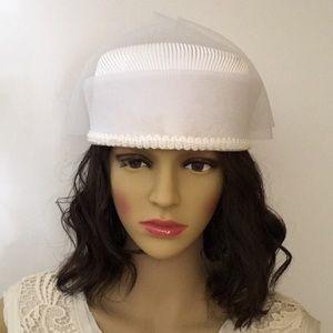 Accessories - Vintage White Formal Hat
